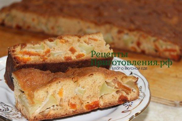Быстрый пирог с яблоками и курагой, фото